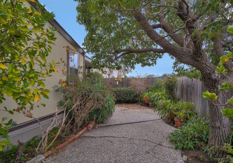 Mission Bay – 450 Santa Monica